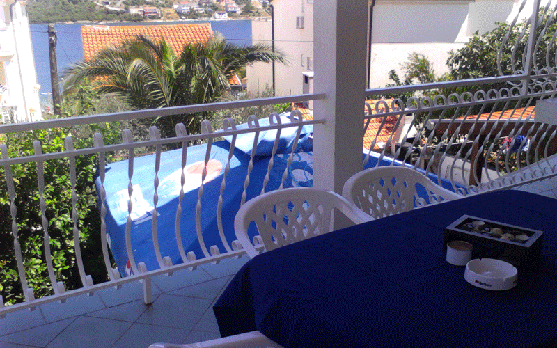 Apartments Milos